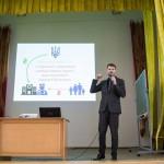 Олександр Ябчанка розповідає студентам-медикам про реформу охорони здоров'я, яку щойно прийняв Парламент